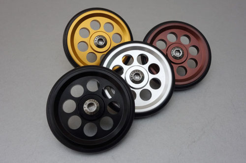 The new colours and sizes of installtions bolts are now in both 66mm and larger 88mm versions of the EZY Wheels.